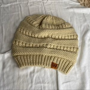 Wrapables Golden Wheat Colored Rib Knit Beanie OS